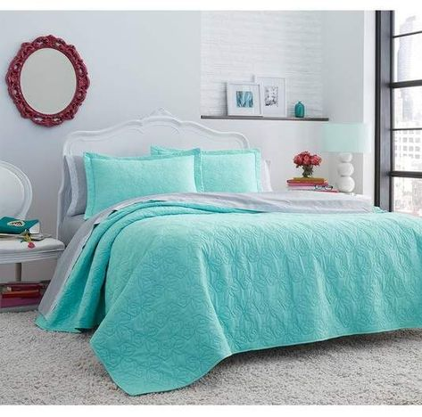 Betsey Johnson Bedding King Bows Microfiber Quilt Sham Set Blue In 2019 King Quilt Sets Quilt Sets Betsey Johnson Bedding