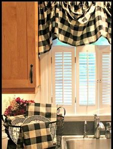 Modern Interior Decorating Ideas Enhancing Country Style Decor With Vichy Check Fabric Patterns Red Kitchen Decor Modern Interior Decor Home Decor