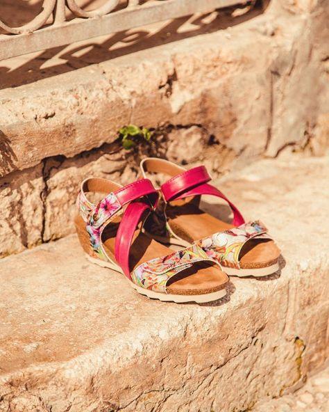 REBAJAS SALES #sandals #wedgesandals #sandalias #lowwedge