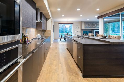 Cooking Anything In This Mainvue Kitchen Would Be Fun Home Home Builders New Homes