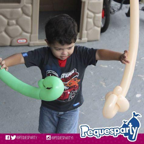 Niños y #globos. Sinónimo de #diversion. Pregunta por nuestro plan de #globomagia y sé el #heroe de tu #peque. PequesParty Fábrica de Sonrisas! #balloons #globo #v Colores #diversion #animacion #entretenimiento #inflables #mcbo #261 #marketing #brincabrinca #globitos