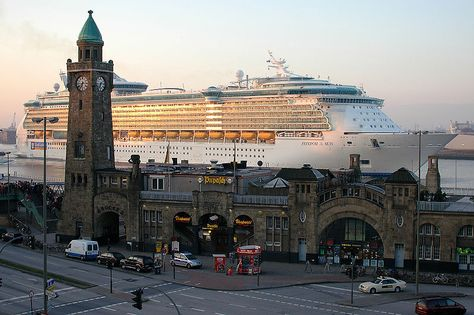 The Freedom of the Seas on Elbe River in Hamburg next to the Landungsbrücken