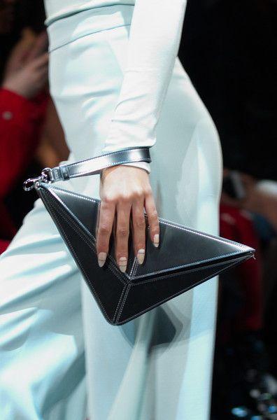 Cushnie et Ochs, Fall 2017 - These New York Handbags are Hot - Photos