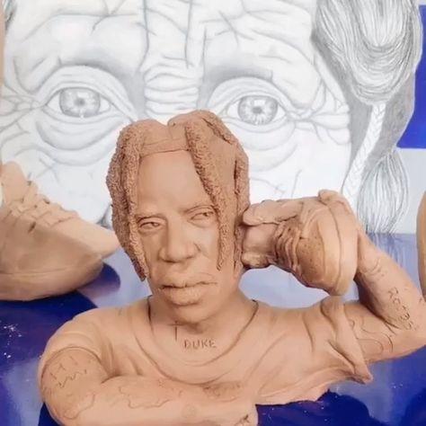 Esta es una de las esculturas más brutales que he hecho .. @travisscott con sus Jordan Travis Scott Air .. como...