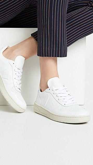 Veja V-10 Lace Up Sneakers | Minimalist