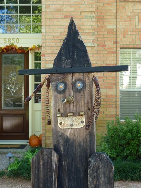Close up fence board witch