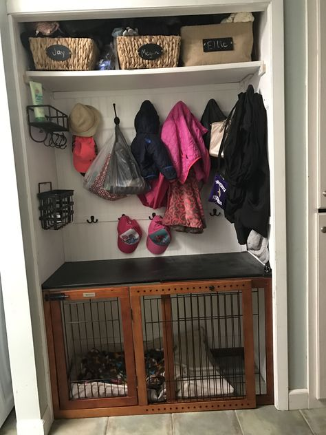 Dog kennel crate, laundry room, closet #dogkennel
