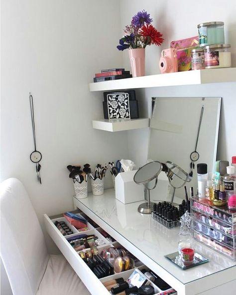 Pin for Later: 21 Makeup-Tische, die euch inspirieren (oder vor Neid erblassen lassen) werden