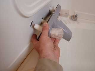How to remove   install new tub in mobile home  Great instructional     Mobile Home Living   Remodel   Pinterest   Tubs  House and Remodeling ideasHow to remove   install new tub in mobile home  Great  . Installing New Tub Shower Faucet. Home Design Ideas