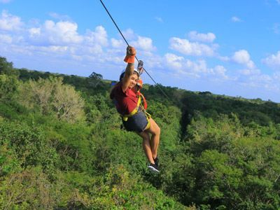 Best Things To Do In Cancun With Kids Family Vacation Hub Kids Zipline Cancun Things To Do Ziplining
