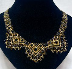 Free pattern for beaded necklace Sultan U need: seed beads
