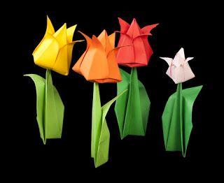 صور مطويات 2021 اشكال مطويات بالورق الملون Crafts Origami And Kirigami Paper Lamp
