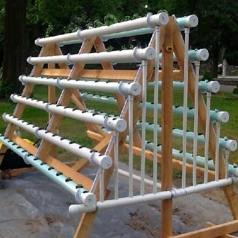 Building DIY Hydroponic PVC System Using PVC