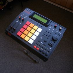 "AKAI MPC 2500 ""808"" custom by ghostinmpc (JJOS-XL3 52, 160GB"