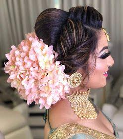 Health Fashion Mehindi Dressing Beautiful Dulhan Makeup And Mehindi Bridal Hair Buns Bridal Hairstyle Indian Wedding Indian Wedding Hairstyles