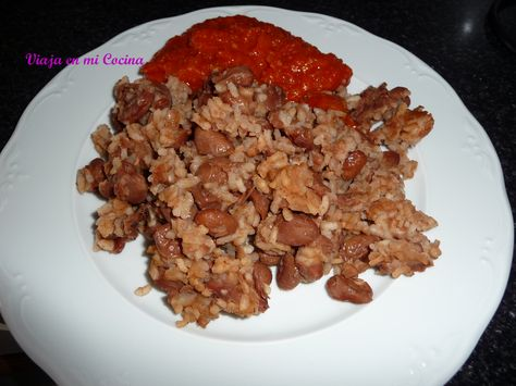 Atassi o watché - Alubias con arroz y salsa dja. Benín