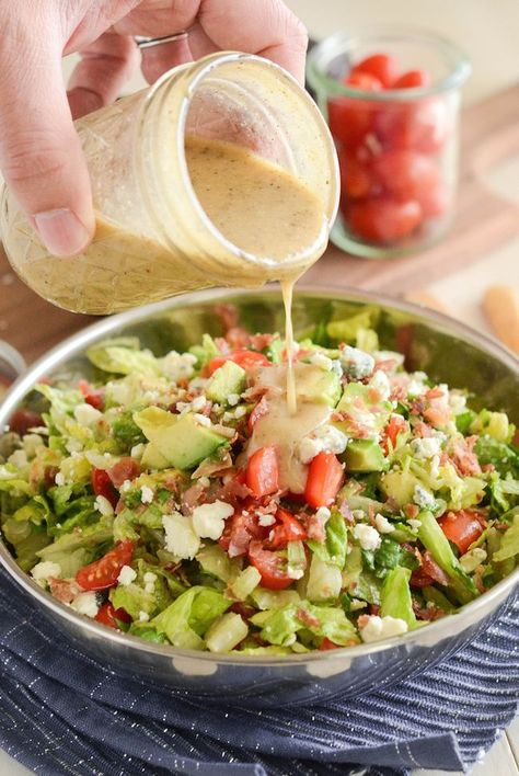 16 Restaurant Copycat Recipes You Can Make Yourself Copycat Maggiano's Chopped Salad Recipe! Crispy pancetta, avocado, tomatoes, blue cheese (or gorgonzola) and a delicious homemade dressing! Italian Chopped Salad, Chopped Salad Recipes, Green Salad Recipes, Salad Dressing Recipes, Healthy Salad Recipes, Lettuce Salad Recipes, Chopped Salads, Side Salad Recipes, Italian Salad Recipes