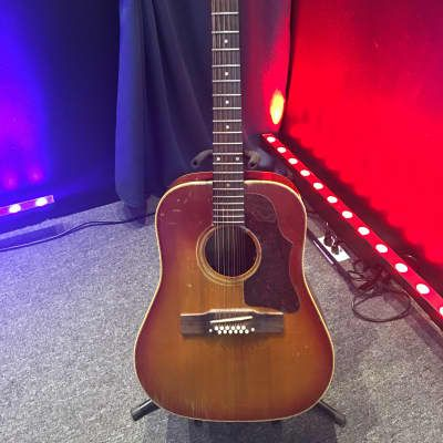 Acoustic Guitars Gibson Guitars And Basses Reverb Acoustic Guitar For Sale Used Acoustic Guitars Guitars For Sale
