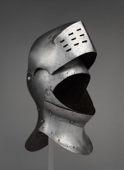Foot-Combat Helm | possibly British or Flemish | The Met