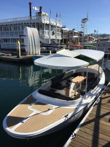 2017 Fantail 217 | White & Black | Full Equipped - Canadian