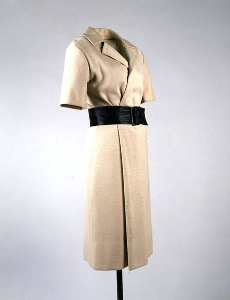 1961 5 Octobre Beige Dress Maker Hubert De Givenchy Fashion Designer French B 1927 Date S Of Materials 195 Givenchy Hubert De Givenchy Robe