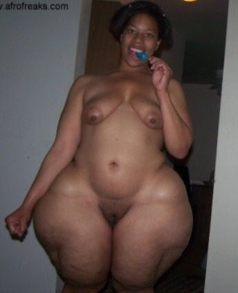 Pear shaped women naked