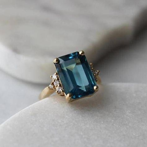 menkDuke Vintage Cocktail Gemstone Ring #ringsdesigns
