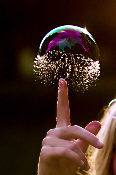 Awesome Photo! If only I could do this. :)Bubble Pop   #photographytalk #macrophotography