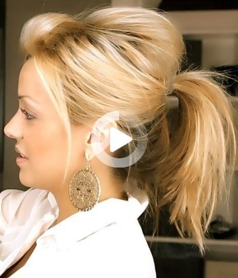 Messy Cute Ponytail Hairstyle For Medium Hair Easy Everyday Hairstyles In 2020 Cute Ponytail Hairstyles Medium Hair Styles Medium Length Hair Styles
