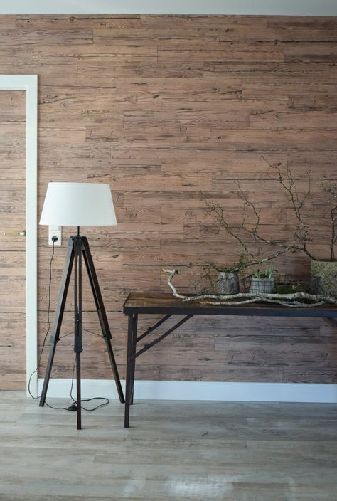 Holzverkleidung Fur Die Wand Mit Wandwood Paneele Einfach Kleben Holzwand Verkleiden Und Selbermachen In 2019 Holzwand Holzverkleidung Und Holzpaneele