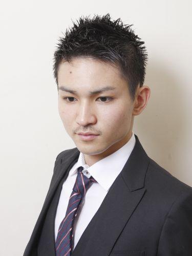 丸顔 ショートヘア メンズ特集 メンズファッションメディア Otokomae メンズ ヘアスタイル おしゃれ坊主 メンズ 髪型 ミディアム