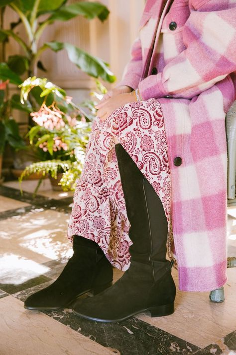 Sarah Flint has officially made the most perfect stretch boot for fall!