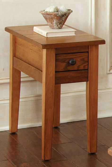 The Liberty Collection Lends A Rustic Casual Cottage Design For Your Home The Liberty Chairside End Table Featured Chair Side Table Oak End Tables End Tables