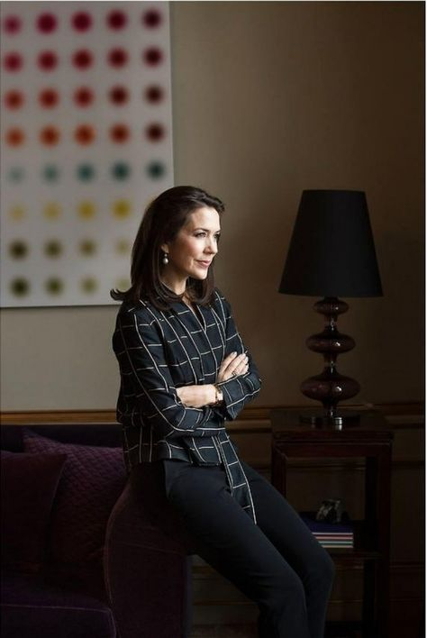 A lengthy interview with Crown Princess Mary of Denmark has been published this weekend in Berlingske on the topic of women's rights and her association with three organisations on the matter: the United Nations Population Fund, the Danish Refugee Council, and the Maternity Foundation.(more informat