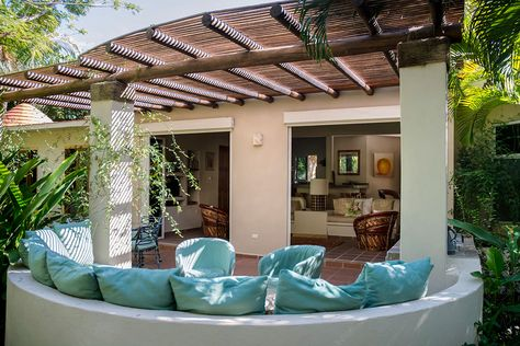 Check out this amazing Luxury Retreats beach property in Riviera Nayarit, with 9 Bedrooms and a pool. Browse more photos and read the latest reviews now.