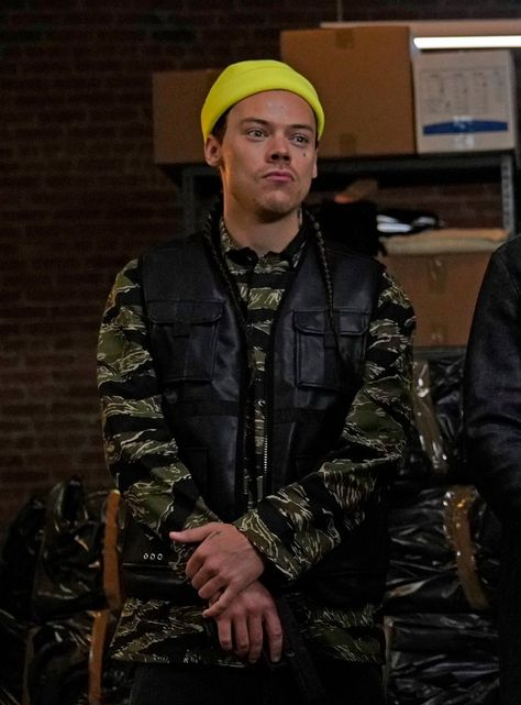 That's The Game:Harry Styles (Saturday Night Live Nov. Harry Styles Snl, Harry Styles Pictures, Harry Edward Styles, Liam Payne, Louis Tomlinson, Niall Horan, Harry 1d, Harry Styles Wallpaper, Mr Style