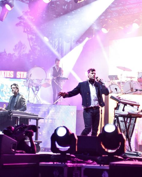"""@aubreannas.aesthetics shared a photo on Instagram: """"FOR KING AND COUNTRY! - #concertphotography #forkingandcountry #winterfest #smokymountains #nikonphotography #nikon #trending #tiktok…"""" • May 11, 2021 at 3:51pm UTC"""