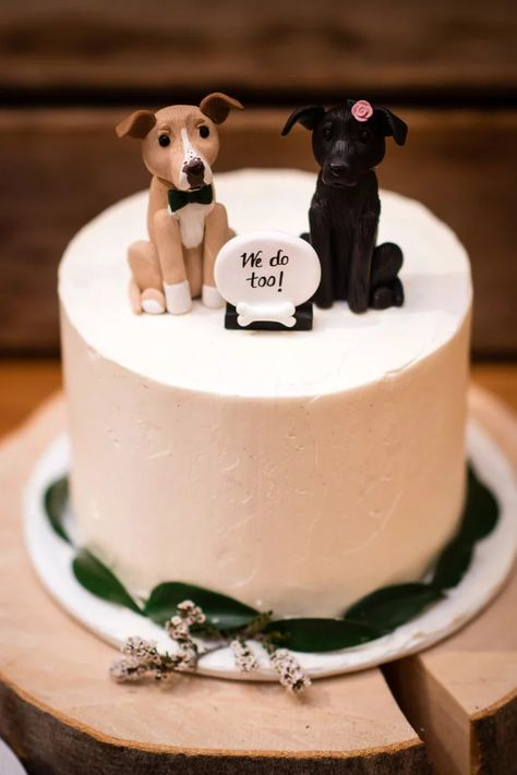 How to include dog in wedding decor We do too cake topper Wedding Centerpieces, Wedding Decorations, Wedding Ideas, Wedding Venues, Wedding Photos, Dogs In Wedding, Romantic Wedding Vows, Nontraditional Wedding, Decor Wedding