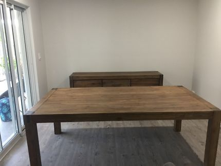 Silverwood Dining Table Br Br Very Good Codntiion Only Selling As We Have Moved And Its A Bit Too Big For The New Dining Table Table Coffee Table