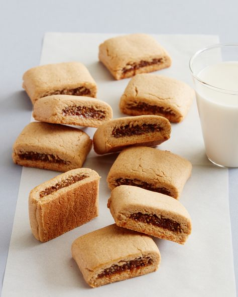 Homemade Fig Bars are such a delicious treat for the whole family!