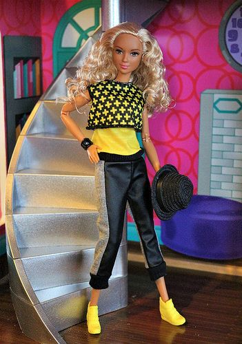 Made To Move Barbie In Yellow And Black Barbie Model Made To Move Barbie Barbie Summer
