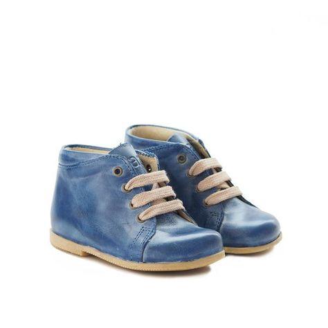 De aller første sko – Hola Lola