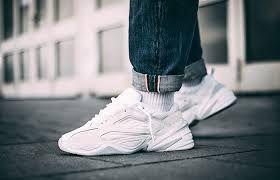 Nike M2k Tekno In Weiss Av4789 101 Everysize Nike Schuhe Fur Madchen Nike Sneaker