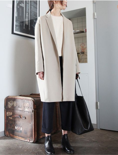 minimalist goods delivered to you quarterly @ minimalism.co   |  #minimal #style #design