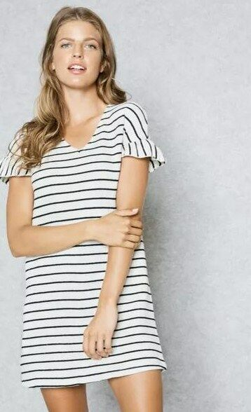 100% authentic finest selection detailed pictures Mango Frill Sleeve Striped Dress. Cream/Navy Size 12. SA077 CC 21 ...