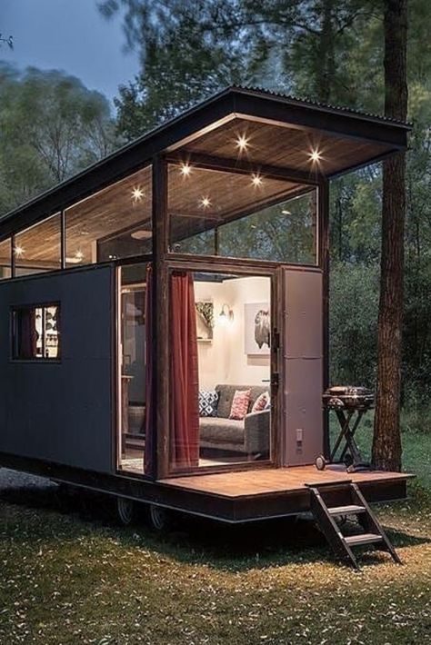 Vacation Rentals: Tiny Homes & Trailers