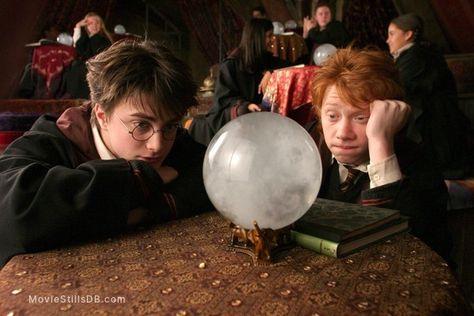 Harry Potter and the Prisoner of Azkaban - Publicity still of Daniel Radcliffe & Rupert Grint