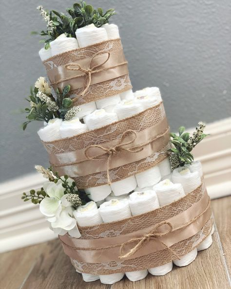 Insights On Effortless Nice Diaper Cake Baby Shower Party Decor Ideas Systems - Joy Otoño Baby Shower, Shower Bebe, Baby Shower Diapers, Baby Shower Gender Reveal, Baby Shower Cakes, Shower Party, Baby Shower Parties, Baby Shower Themes, Baby Shower Decorations