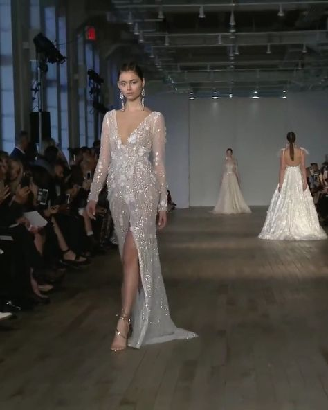 """Berta Style 19-16. Spring Summer 2019 Bridal Couture Collection """"Miami"""""""