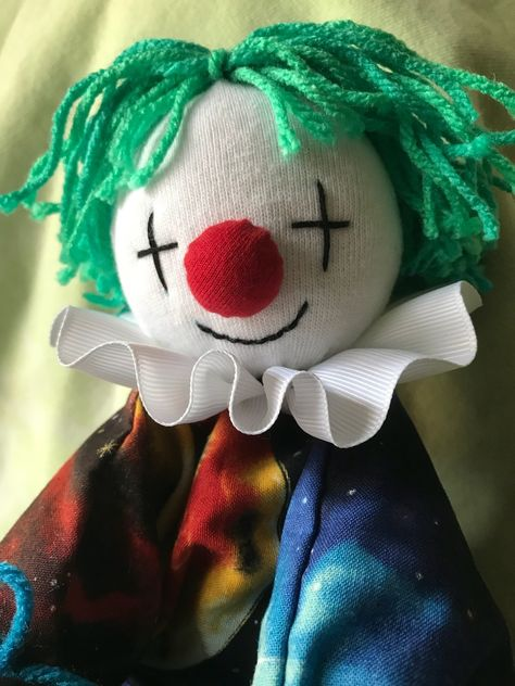 laughing alone with pomeranians, My clown plushie is finally done! Cute Clown, Creepy Cute, Circus Aesthetic, Clown Tattoo, Plush Pattern, Pomeranians, Character Design Inspiration, Plush Dolls, Clowns